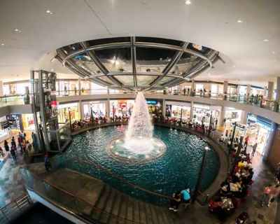 Budget Friendly things to do in Singapore: Walk around Marina Bay