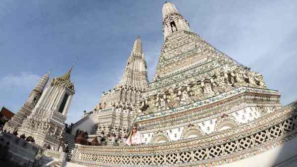 Bangkok on a Budget: Wat Arun