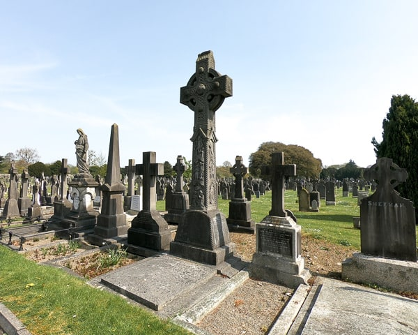 3 day budget guide to Dublin: Glasnevin Cemetery