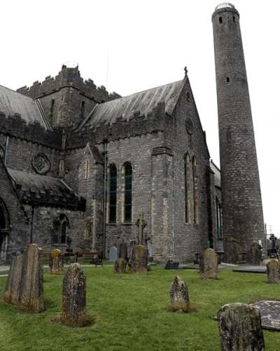 St Canice Cathedral 2 - 600 4x5