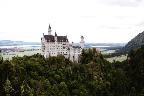 How to see Neuschwanstein Castle for free - day trip to neuschwanstein marienbrucke bridge