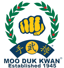 https://i0.wp.com/worldmoodukkwan.com/files/2017/08/moo_duk_kwan_fist_established_1945_2014_trans_750x798-600x638-Copy.png?resize=264%2C281&ssl=1