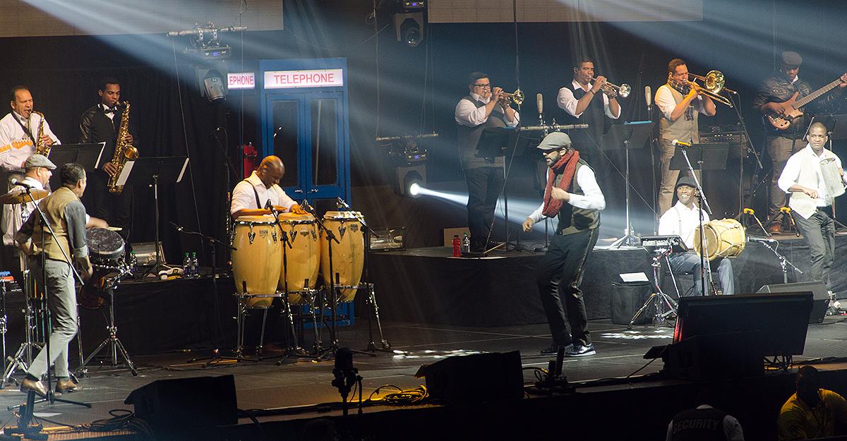 Juan Luis Guerra and 440 in Toronto 23