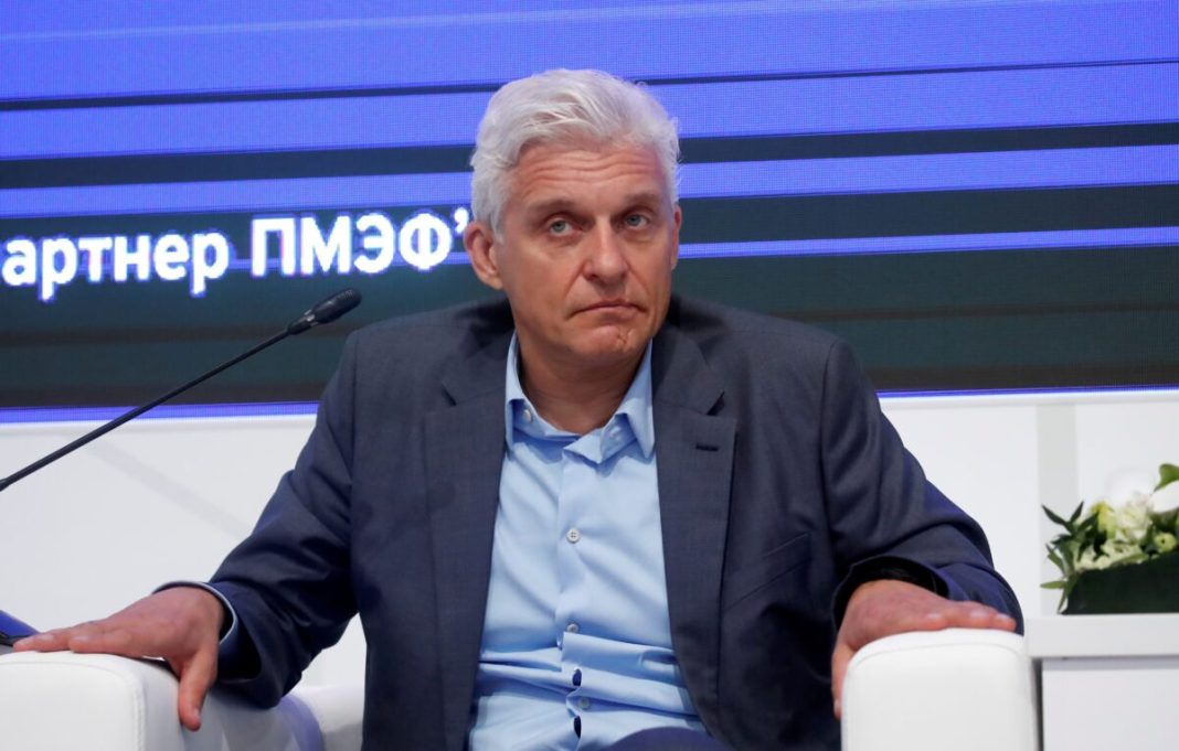 Russian billionaire Tinkov has agreed to pay 500 500 million in U.S. tax charges