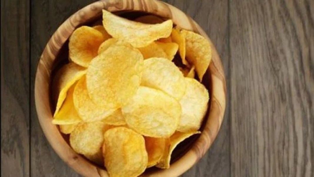 5 Delicious Chips Options To Pair With Evening Tea