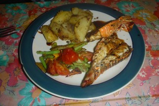 Lobster, salad and potatos