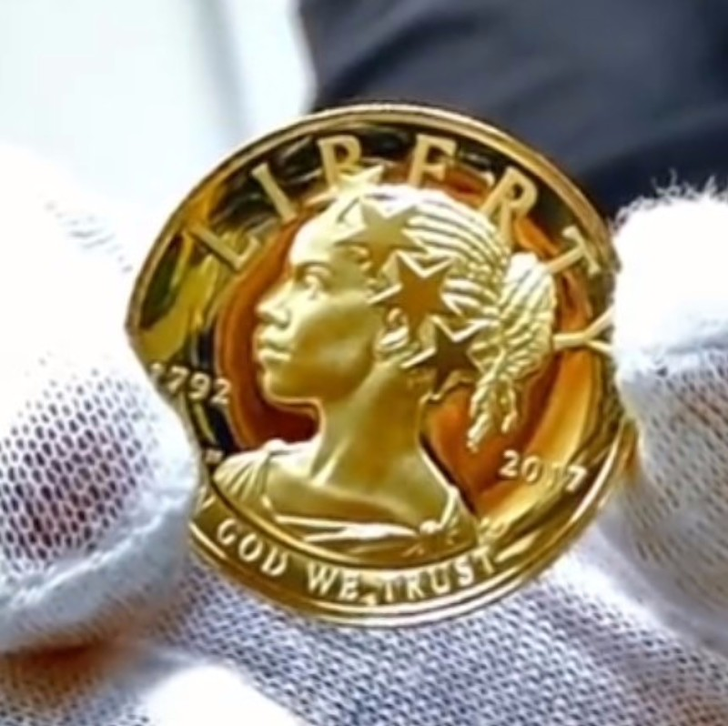 USA 2017 225th Anniversary American Liberty Gold Coin Obverse