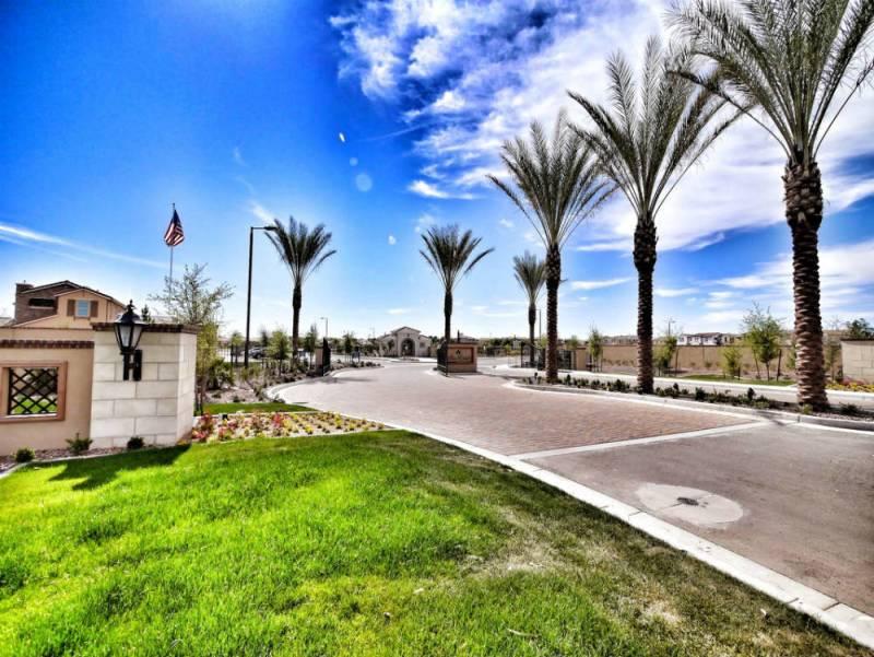Villas At Villa Del Lago in Chandler, AZ