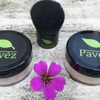 PAVÈZ Minerale Foundation & Finishing Powder