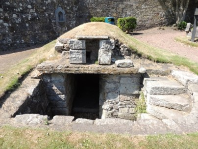 A hidey hole in the Cathedral graveyard by Stephanie Woods