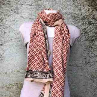 blockprint shawl, rood