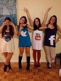 Social-Media-costume1