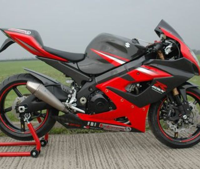 Qb Carbon Suzuki Gsxr1000 K5 Project Bike Qb Carbon Fibre Fairing