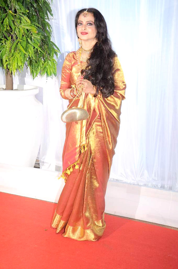 actress_REKHA