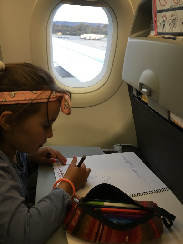 21 Awesome Screen free Airplane Activities for Kids airplane activities for kids, plane activities for kids, things to do for kids on a plane, mostly screen-free activities for the plane