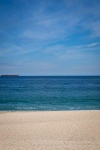 Sand, sea, and sky at Viña del Mar -- it reminded me of Malibu, California...