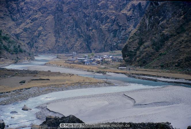 02 The Tibetan village of Tal