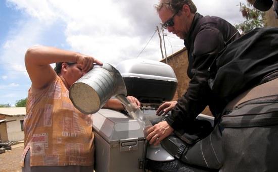 Saipina Bolivia Gas Station-1