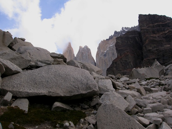 Torres Del Paine Rocks2