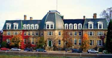 new-brunswick-university-international-scholarships-canada