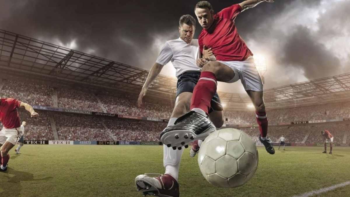 منح كرة القدم الممولة بالكامل للطلاب الدوليين