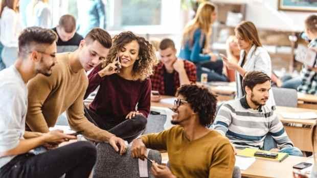 Asociación de Universidades del Commonwealth (ACU) Beca de Contabilidad 2020