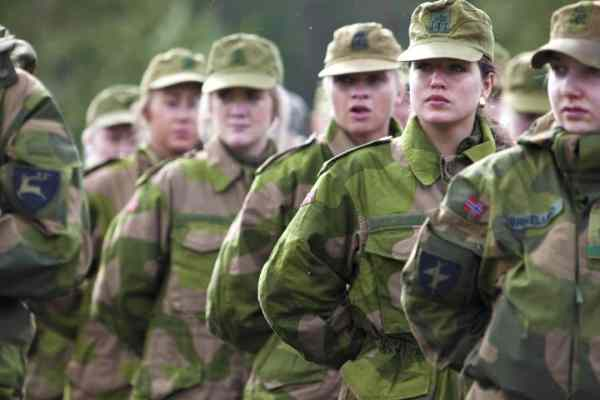 40+ Best Military Schools for Girls around the World