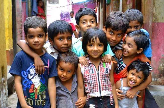 Beca Snehapoorvam para niños huérfanos | 2020