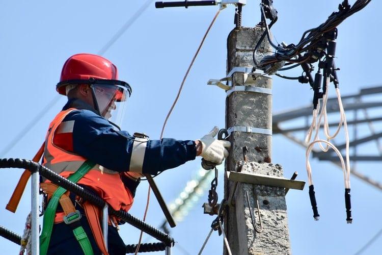 Ce face un electrician?