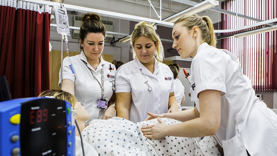 10 Best Midwifery Schools in the World