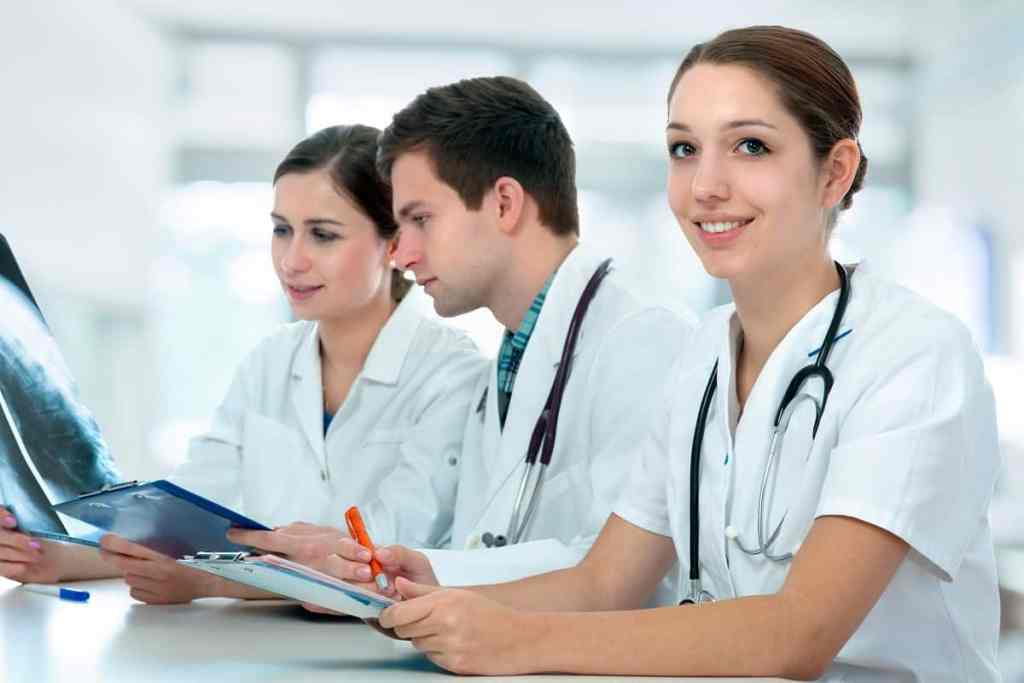 Easy Physician Assistant PA Schools to Get Into | 2021