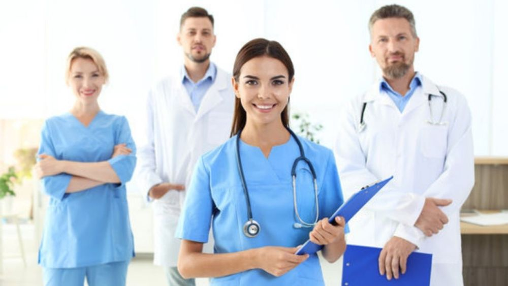 Physician Assistant Vs Doctor: Differences, Similarities, Best Career Advice In 2020