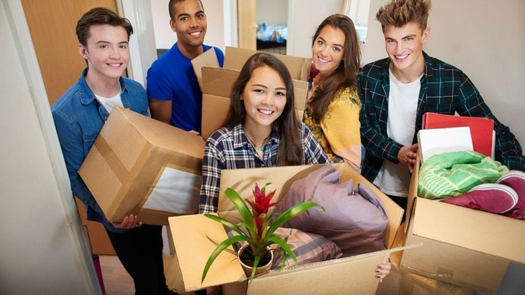Cheapest Student Accommodation in Adelaide 2021 | How to get it Fast