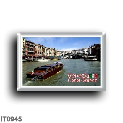 IT0945 Europe - Italy - Venice - Grand Canal - Rialto Bridge