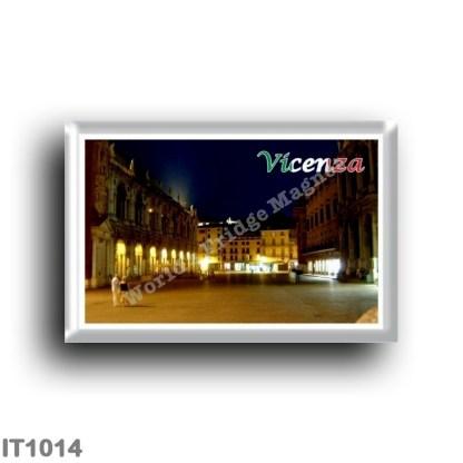 IT1014 Europe - Italy - Veneto - Vicenza - Piazza dei Signori by night
