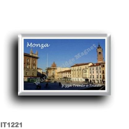 IT1221 Europe - Italy - Lombardy - Monza - Piazza Trento e Trieste