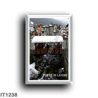 IT1238 Europe - Italy - Lombardy - Ponte di Legno - square