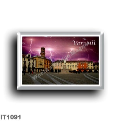 IT1091 Europe - Italy - Piedmont - Vercelli - Piazza Cavour