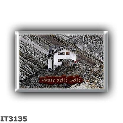 IT3135 Europe - Italy - Dolomites - Group Monzoni - alpine hut Passo delle Selle - locality Passo delle Selle - seats 16 - altit