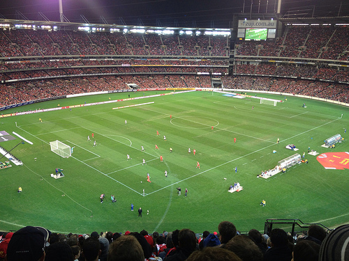 95000 Liverpool Fans Sing Youll Never Walk Alone Anthem at Australias MCG VIDEO  World