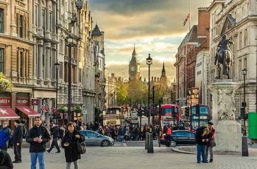 Study Abroad Scholarships in London and UK scholarship