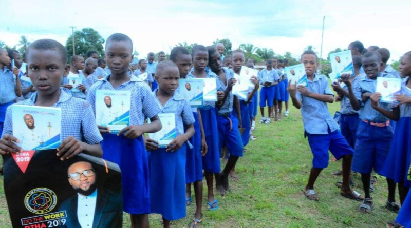 Ugbomah Doles Out Education Materials To Pupils In Ndokwa East