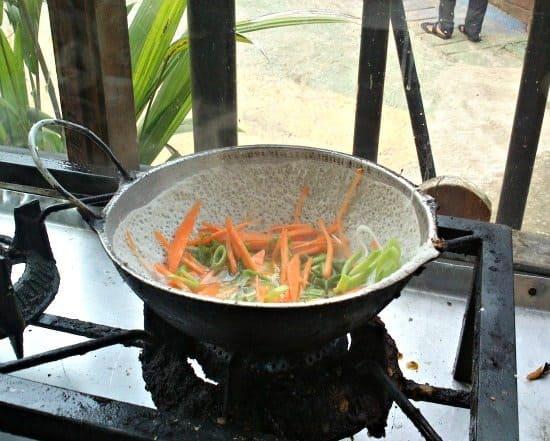 egg and vegetable hopper