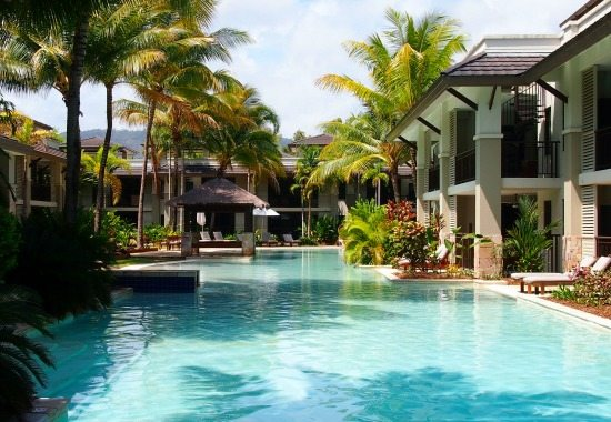Sea Temple Port Douglas pool. Where to stay in Port Douglas. Best Hotels, Hostels and Camp Sites