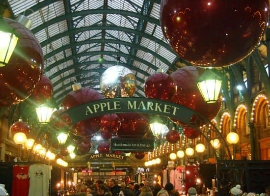 London Christmas Lights Covent Garden. Best Areas of London to Visit