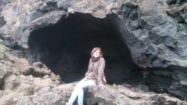 In einer Gesteinshöhle