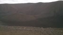 Hverfjall - Krater mit einem Kilometer Durchmesser
