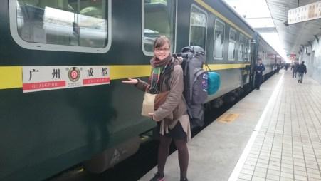 Next train from Chengdu to Chongqing goes in direction of Hongkong