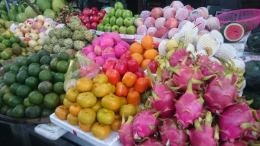 Great choice of tropical fruits like the pink dragon fruit!