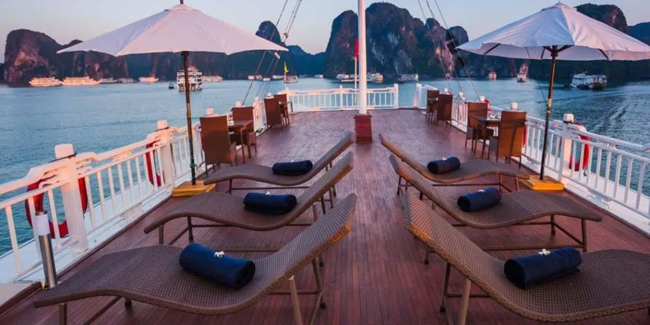 Compare Ha-long Bay cruises - Bhaya Classic